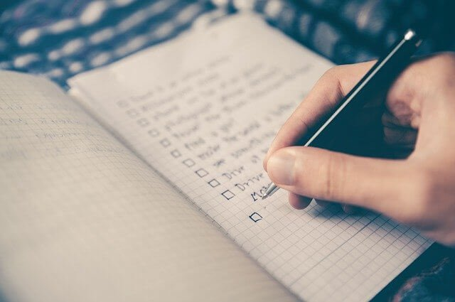 10 Steps to selling your home Checklist!
